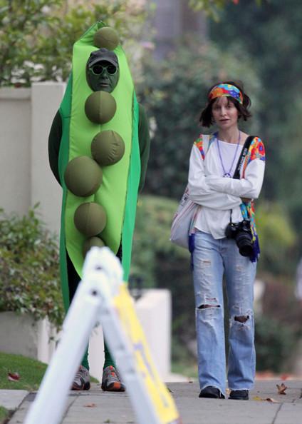 Harrison+Calista+Hip+Peas+Pod+Halloween+eR6QXNqP_IKl